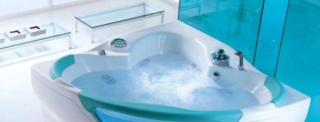 И ванна превращается в бассейн!