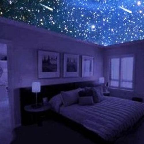 Звездное небо в квартире с помощью натяжного потолка!