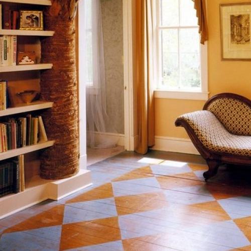 Как оригинально обновить деревянный пол?!